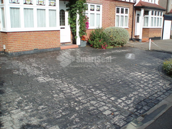 Concrete driveway that has lost colour